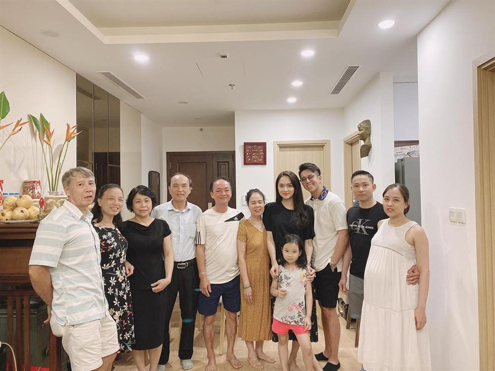 Matt Liu chúc mừng Hương Giang tình bể bình, lần đầu làm điều này với hoa hậu-5