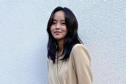 'Em gái mưa' Kim So Hyun bị chê già