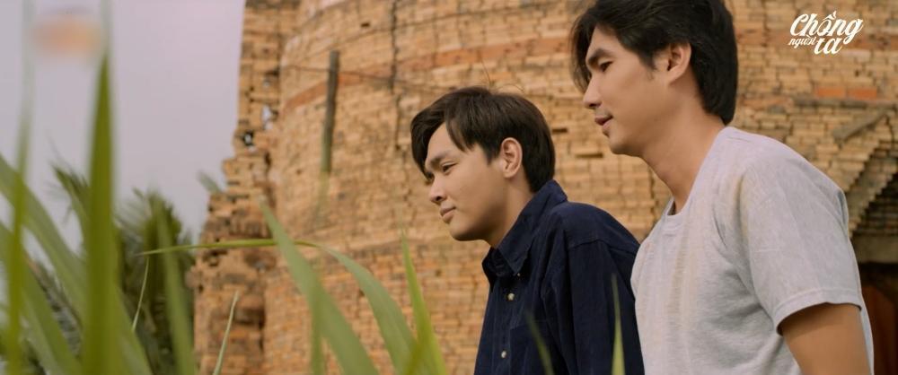 Nam diễn viên bật mí cảnh nóng quay 12 tiếng trong phim Chồng Người Ta-4