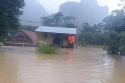 Quảng Bình: Mẹ đi nhận cứu trợ, về đến nhà mới biết con trai đuối nước tử vong