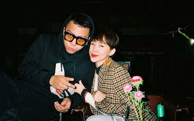 Tóc Tiên dỗi hờn khi Touliver bị Rap Việt hành cho... bận sấp mặt-5