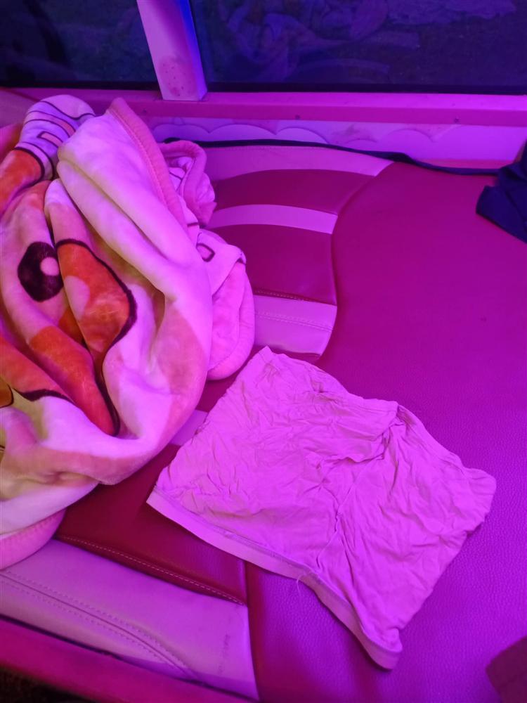 Khách giường nằm Hà Nội - Sapa chết ngất khi nhìn thấy vật thể lạ bị bỏ lại trên xe-2