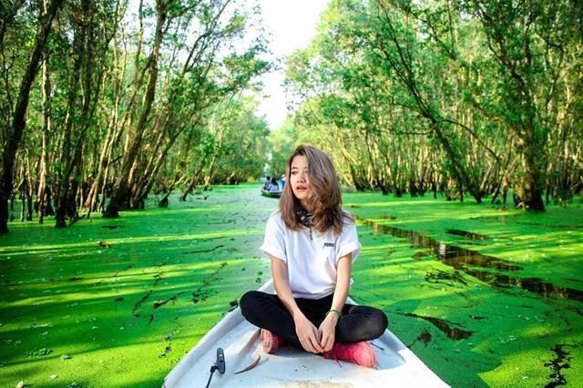 Chìm đắm trong màu xanh mê hoặc của rừng tràm Trà Sư mùa nước nổi-10