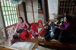 Sạt lở vùi lấp 22 chiến sĩ ở Quảng Trị: Tiếng khóc gọi con của người mẹ tật nguyền