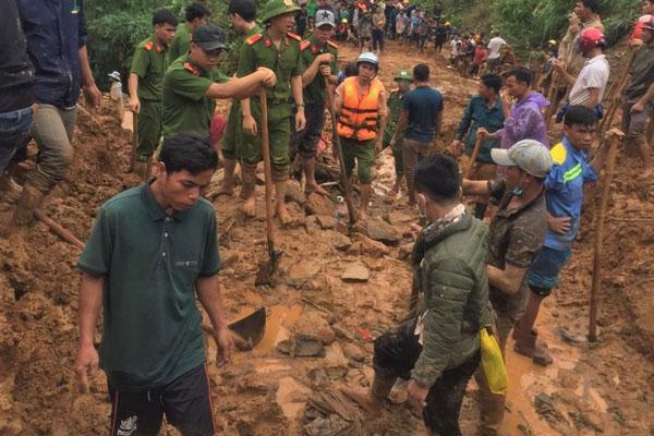 3 người dân mất tích khi đi làm rẫy, nghi bị vùi lấp do sạt lở đất-1