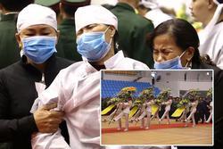 Người thân, đồng đội khóc nghẹn trong tang lễ của 22 chiến sĩ Đoàn 337 bị núi lở vùi lấp ở Quảng Trị