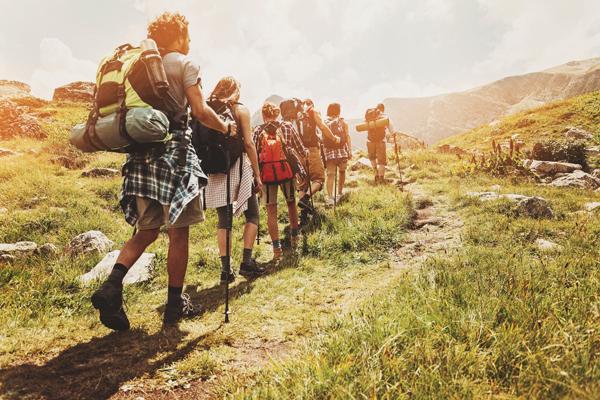 Điểm danh các cung hoàng đạo là tín đồ của trekking mùa thu này-1