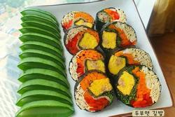 Học trend mới của gái Hàn, ăn kimbab 'thay cơm bằng trứng' giảm cân lấy dáng