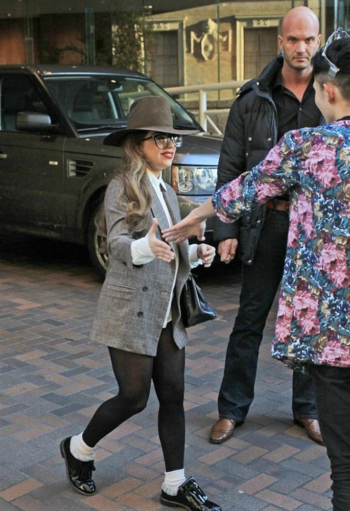 Những lần Thị Dậu Lady Gaga gây chú ý vì chiều cao quá khiêm tốn-5