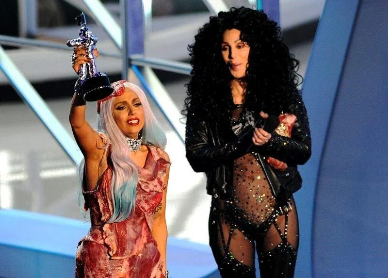Những lần Thị Dậu Lady Gaga gây chú ý vì chiều cao quá khiêm tốn-8