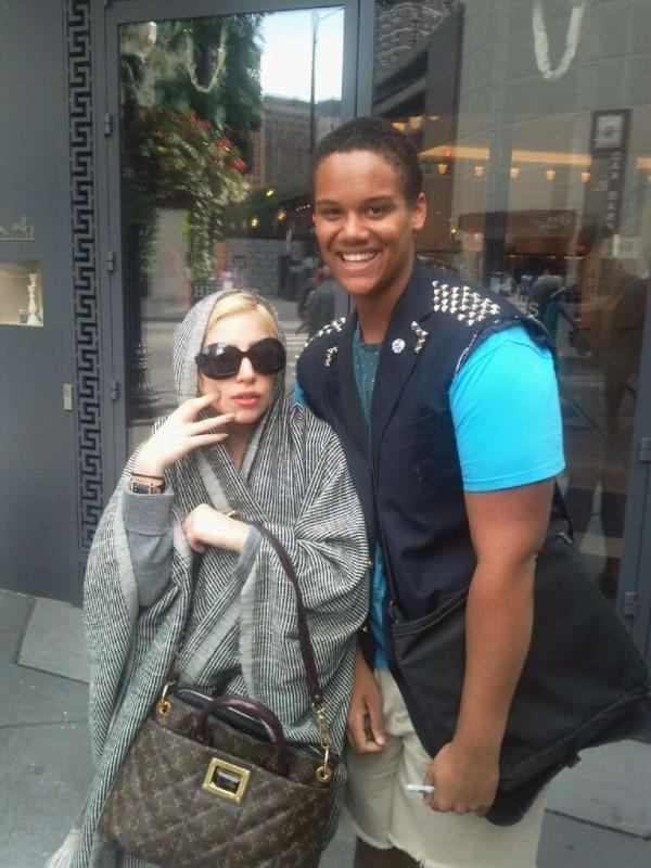 Những lần Thị Dậu Lady Gaga gây chú ý vì chiều cao quá khiêm tốn-4