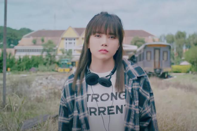 Thiều Bảo Trâm tiết lộ sự thật chiếc áo bị netizen nghi mượn của Sơn Tùng M-TP-2