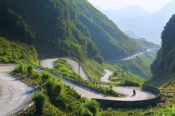 Cung đường đèo ngoạn mục ở Hà Giang