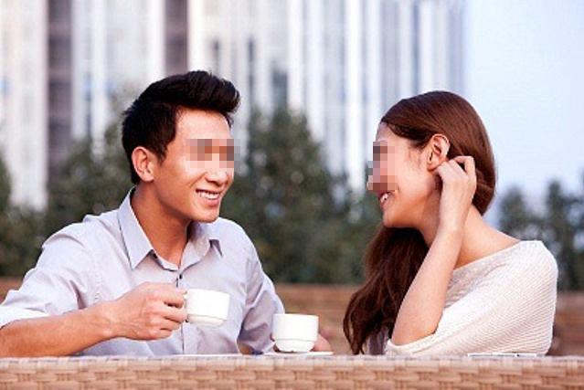 Lần đầu hẹn hò, thanh niên sung sướng tưởng bạn gái mời về phòng có chuyện, ai ngờ ăn no dưa bở-2