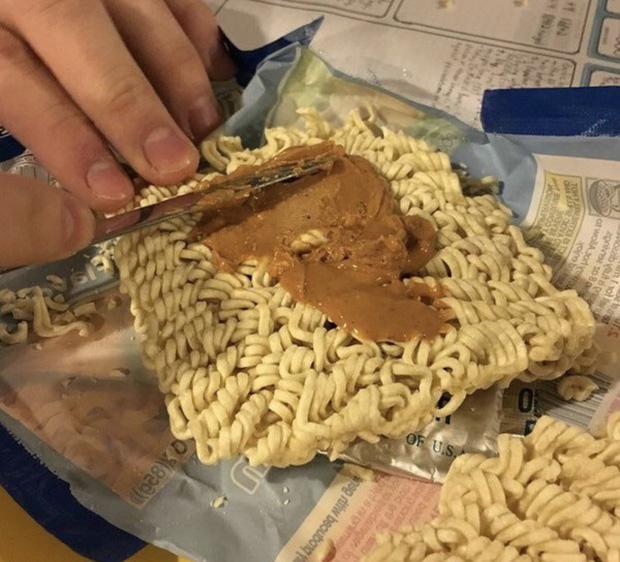 Những kiểu kết hợp món ăn thảm họa, không hiểu sao nhiều người lại nuốt trôi-10