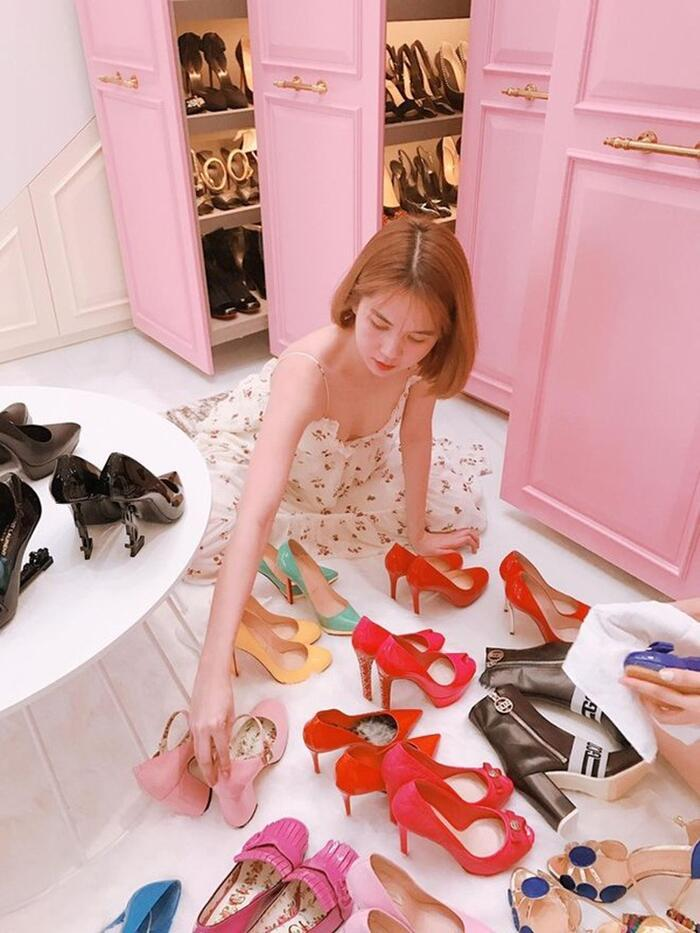 Sở thích đốt tiền của sao Việt: Trấn Thành tậu 214 lọ nước hoa, Ngọc Trinh vài trăm đôi giày-1