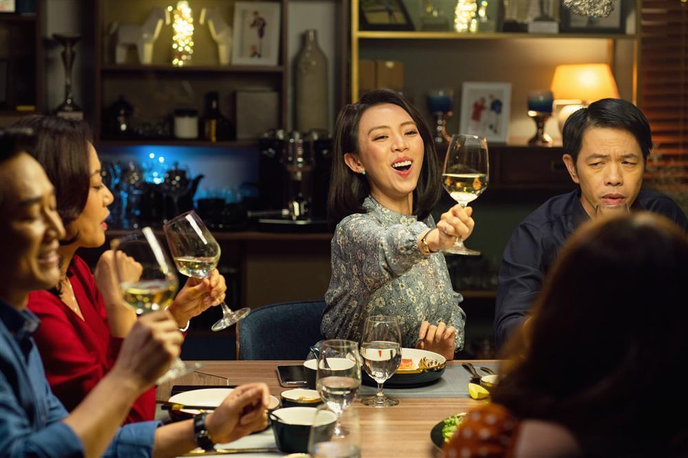 Bị chỉ trích vô cảm với đồng bào miền Trung, Thu Trang đáp trả: Đừng dạy tôi cách sống-3