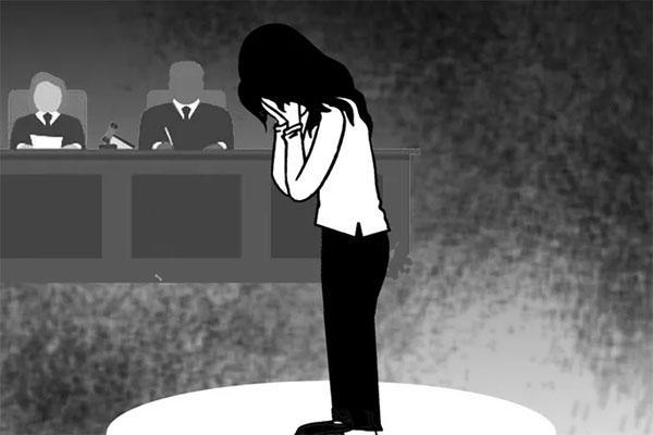 Phiên tòa ly hôn hy hữu-1