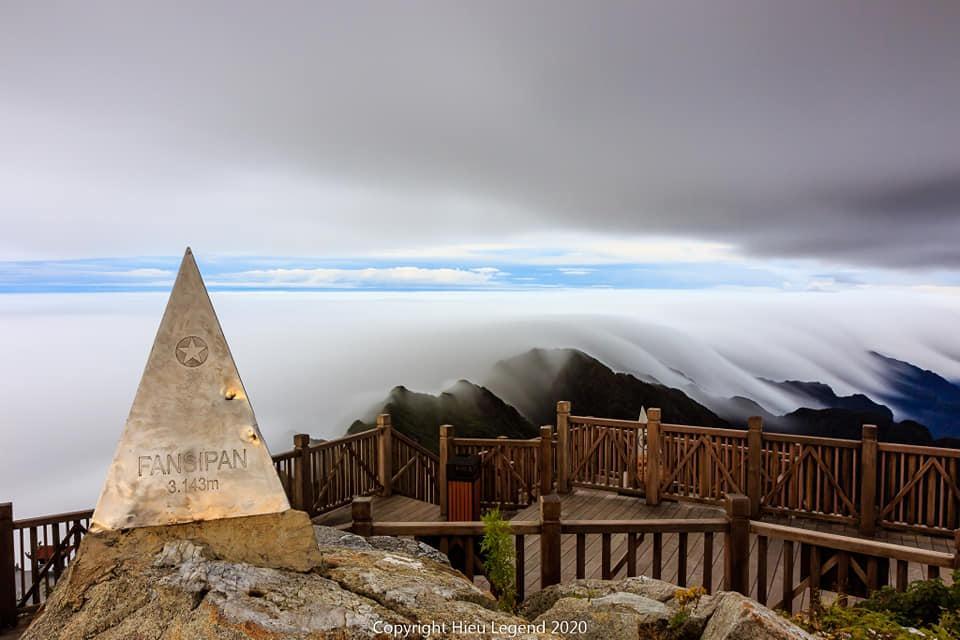 Khung cảnh biển mây tựa chốn thiên đường ở Sa Pa-3