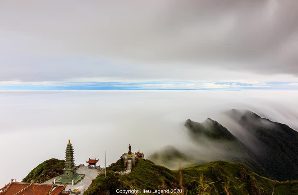 Khung cảnh biển mây tựa chốn thiên đường ở Sa Pa-4