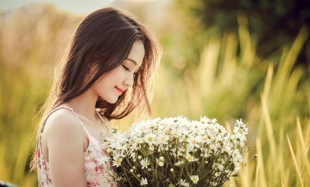 Phụ nữ nào cũng sẽ nở rộ như một đóa hoa nếu người chồng cho cô ấy được 3 điều này-1