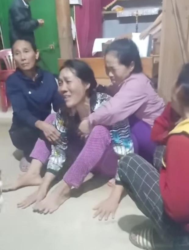 4 người đi rừng nghi bị núi sạt lở vùi lấp ở Quảng Bình: Tìm thấy thi thể nạn nhân thứ 2-1