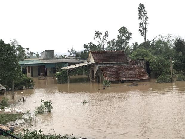 Toàn cảnh thiệt hại của trận lũ lịch sử gây ra tại Hà Tĩnh khiến 147 nghìn người bị ngập lụt-2
