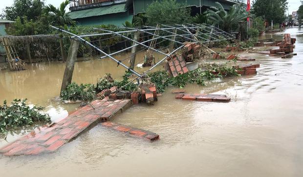 Toàn cảnh thiệt hại của trận lũ lịch sử gây ra tại Hà Tĩnh khiến 147 nghìn người bị ngập lụt-3