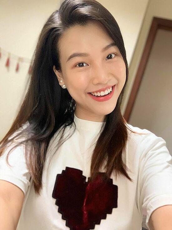 MC Hoàng Oanh khiến dân tình trầm trồ trước body 3 tháng sau sinh-6