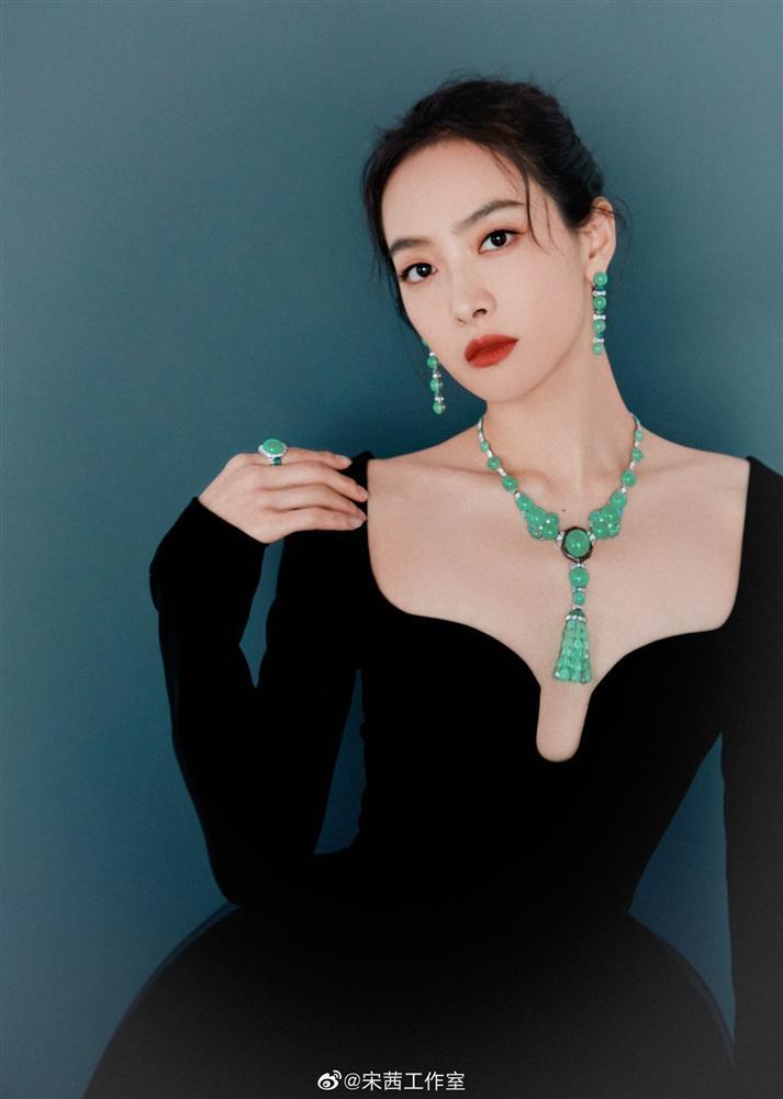 Nữ thần Kim Ưng Tống Thiến lột xác sau khi bị chê xấu thảm họa-1