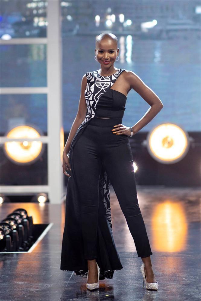 Hoa hậu Nam Phi 2020 vừa lộ diện đã bị soi mặc váy giống HHen Niê-6