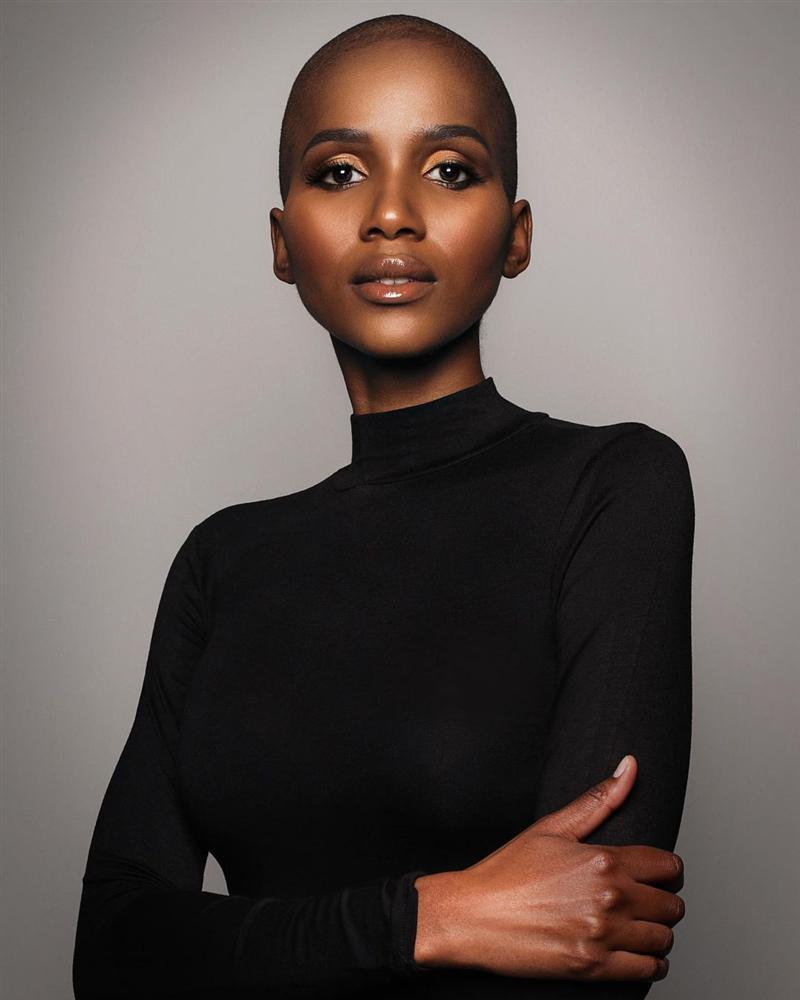 Hoa hậu Nam Phi 2020 vừa lộ diện đã bị soi mặc váy giống HHen Niê-12