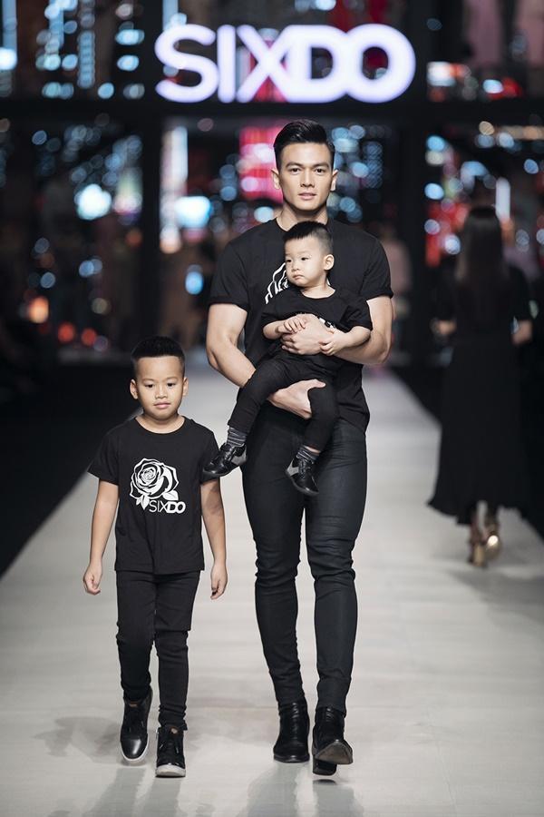 Ninh Dương Lan Ngọc bế nhóc tì 5 tháng tuổi nhà Đỗ Mạnh Cường catwalk gây bất ngờ-4