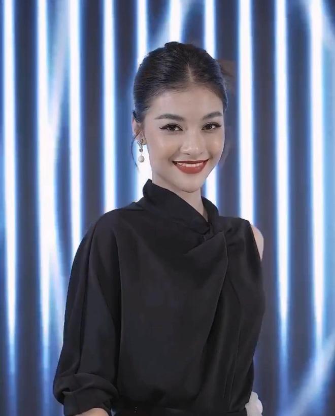 Khung hình đọ sắc gây sốt của quân đoàn Hoa hậu Á hậu ở sự kiện, Kiều Loan lộ diện khác lạ hậu nghi vấn dao kéo-6