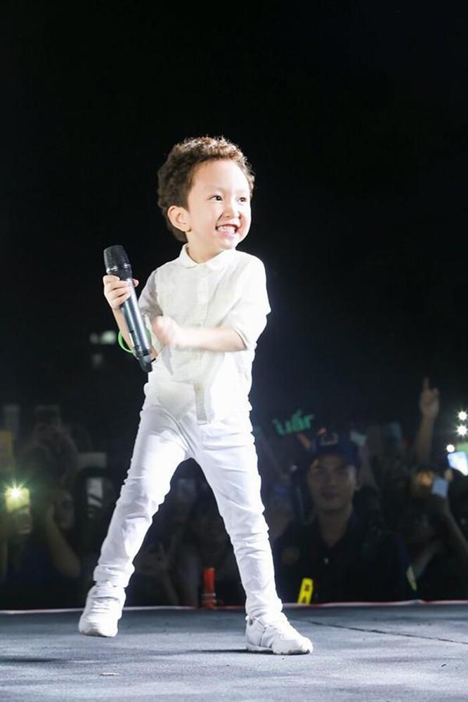 Tuấn Hưng viết tâm thư xúc động khi nhìn ra đam mê sân khấu của con trai Su Hào-4