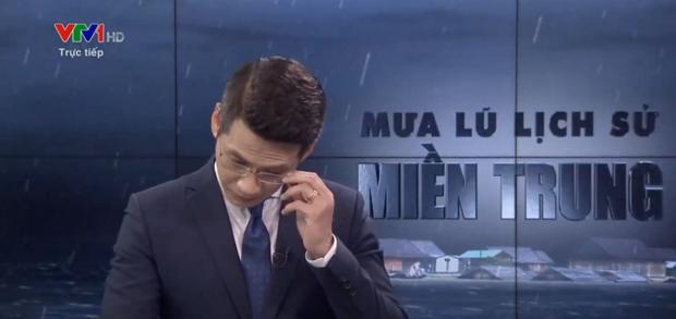 Đang dẫn sóng trực tiếp, BTV của đài VTV bỗng nhiên bật khóc-2