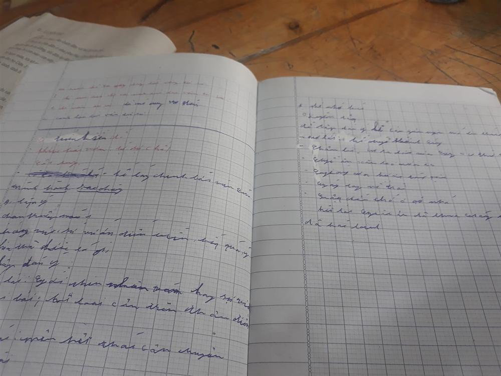 Chấm bài kiểm tra, cô giáo sang chấn tâm lý vì chữ viết của học trò-3