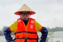 Trang Trần cầu cứu khi 2 tấn hàng cứu trợ miền Trung có nguy cơ bị ăn chặn
