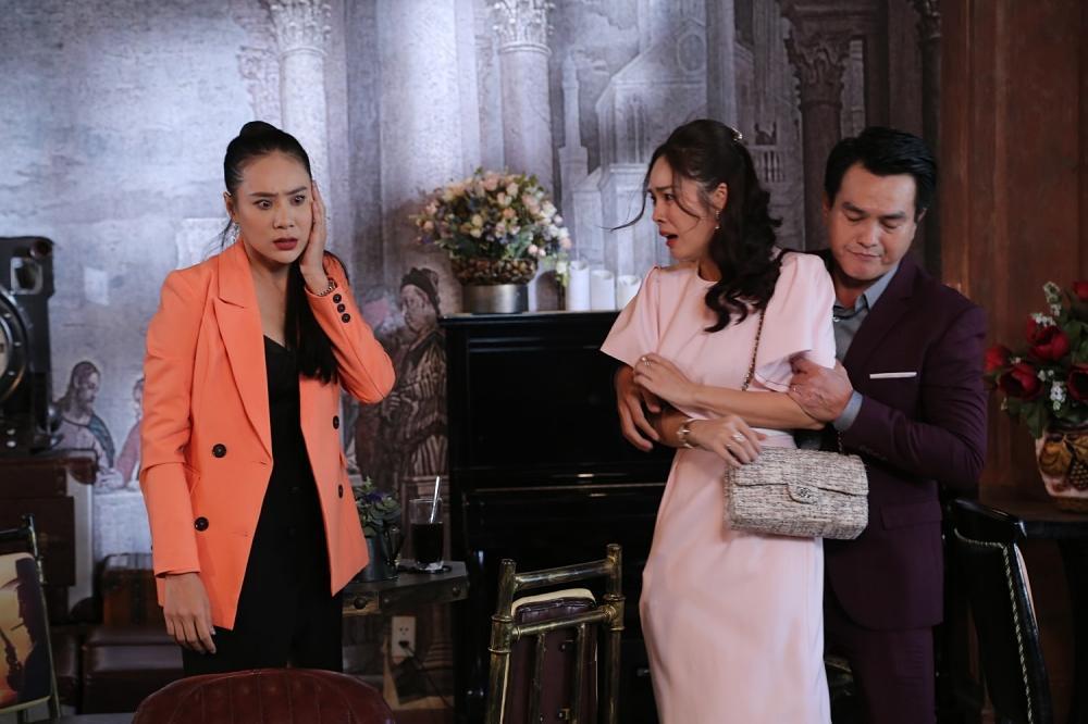 Tiểu tam Hồ Bích Trâm ăn cú tát nhớ đời khi giật chồng Dương Cẩm Lynh-3