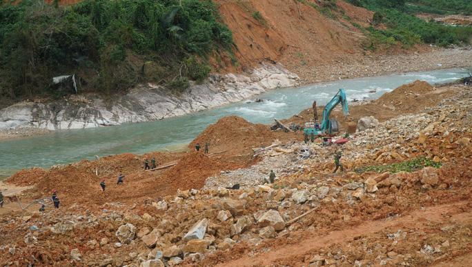 Sạt lở đất 17 công nhân mất tích: Chủ đầu tư thủy điện Rào Trăng 3 lên tiếng-1