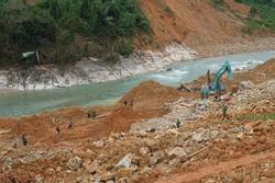 Sạt lở đất 17 công nhân mất tích: Chủ đầu tư thủy điện Rào Trăng 3 lên tiếng