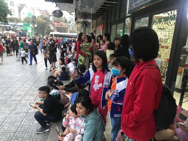 Sáng sớm, cháy lớn tại chung cư HH Linh Đàm, hàng nghìn người sợ hãi tháo chạy tán loạn-5