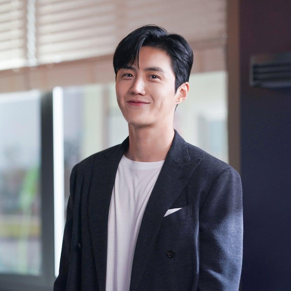 Kim Seon Ho - chân dung nam phụ đẹp hơn hoa của Start Up-1