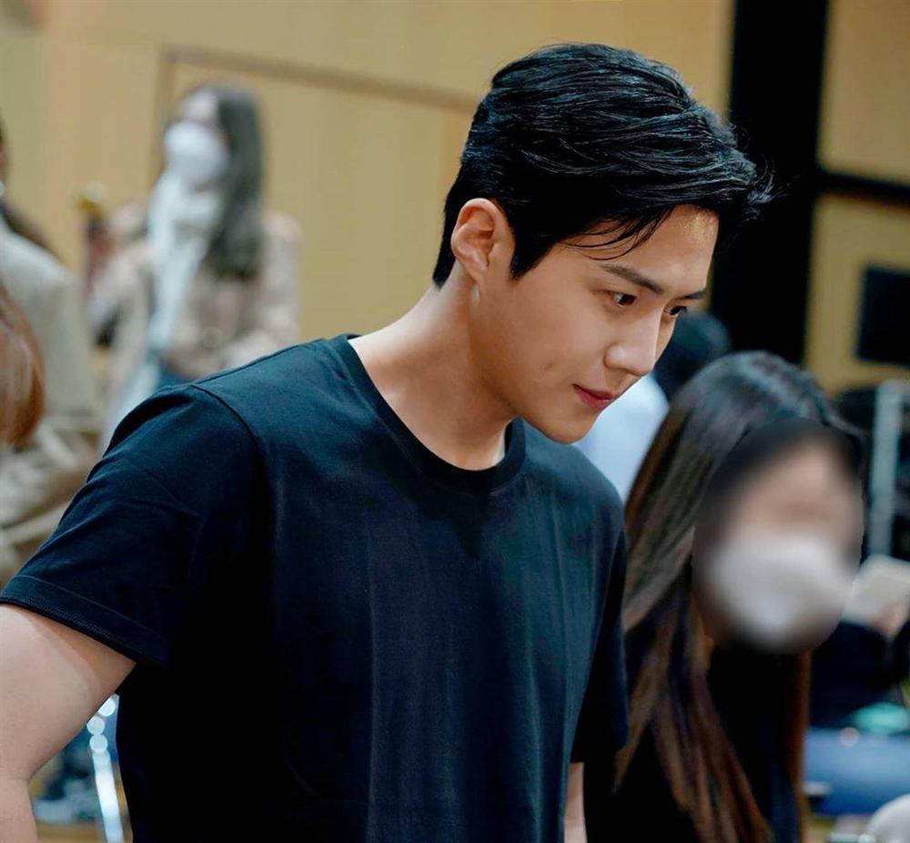 Kim Seon Ho - chân dung nam phụ đẹp hơn hoa của Start Up-4