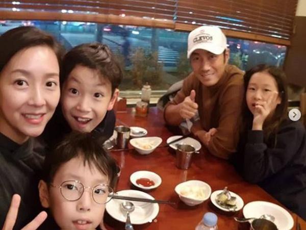 Con trai cố chủ tịch Samsung đam mê diễn xuất dù hơn 20 năm chỉ đóng vai phụ-4