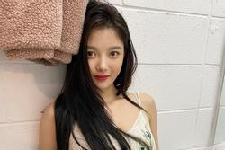 'Sao nhí xinh nhất xứ Hàn' Kim Yoo Jung khoe nhan sắc mê đắm