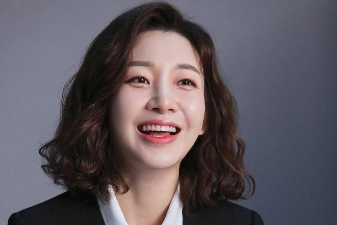 Nữ diễn viên Lee Ah Hyun ly hôn lần thứ 3-1