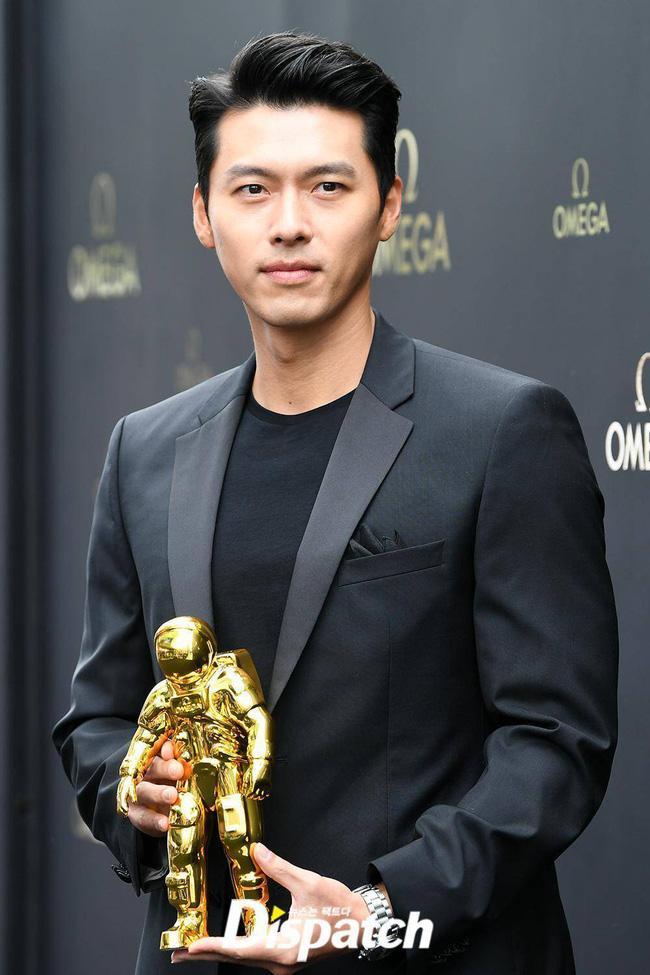 Hyun Bin bất ngờ giành giải do Tổng thống Hàn trao tặng, fan phát hiện Son Ye Jin đã biết tin từ trước-1