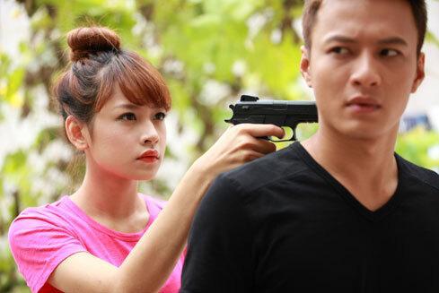 GÓC ĐÀO MỘ: Chi Pu từng vứt hết liêm sỉ khi gặp trai đẹp Hồng Đăng-2