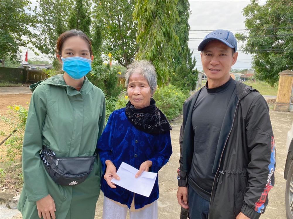 Cứu trợ miền Trung, loạt sao Việt bị chỉ trích với lý do không tưởng-4